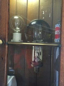Types of lightbulbs used in the lighthouse